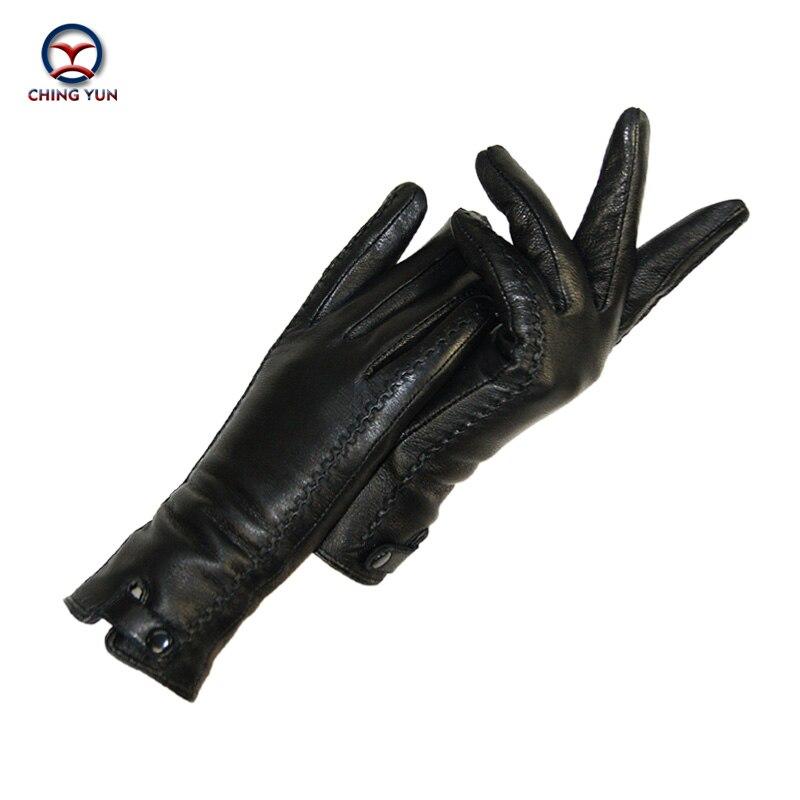Las nuevas mujeres de guantes de cuero genuino invierno cálido pelusa mujer suave mujer forro en piel de conejo remaches Cierre de alta calidad guantes mitones