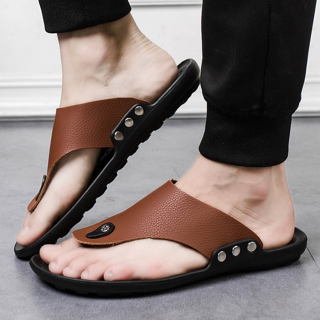 Business Slippers Men Leather Flip Flops Summer Leisure Shoes Rivet Outdoor Non-Slip Big Size Slipper Male Slides Flat Platform