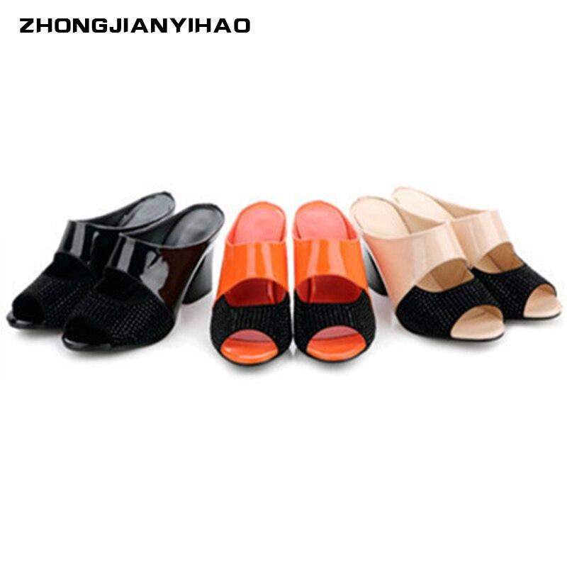 De zomer draag een vrouwelijke pantoffels lederen vis mond kleur - Damesschoenen