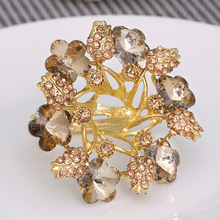 50PCS metal napkin ring 3D gold openwork flower-shaped with diamond buckle wedding hotel