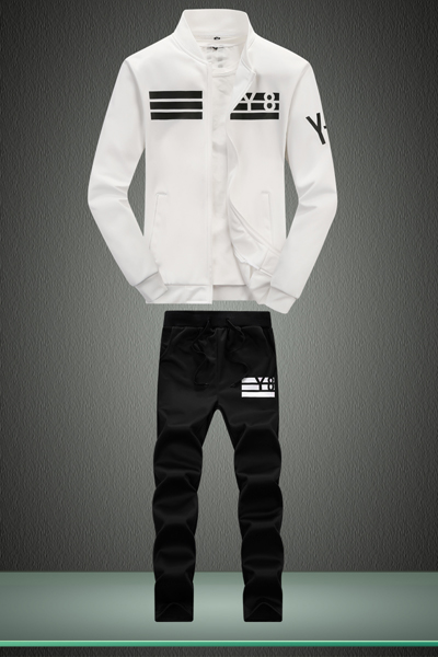 D05 white and black