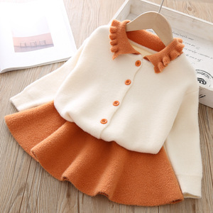 Image 2 - Conjunto de ropa para niña, modelos de otoño e invierno 2019, versión coreana de manga larga de solapa, traje de una sola botonadura, conjunto de ropa para niña