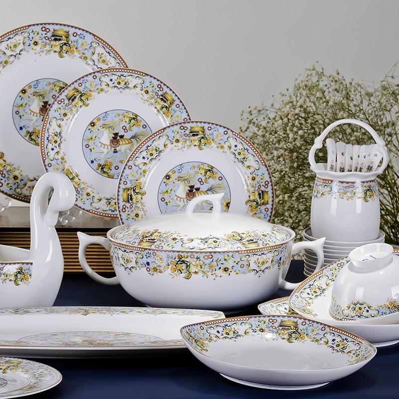 Jingdezhen porcelain tableware 56 European high-grade bone china tableware ceramic tableware <font><b>set</b></font> up marriage