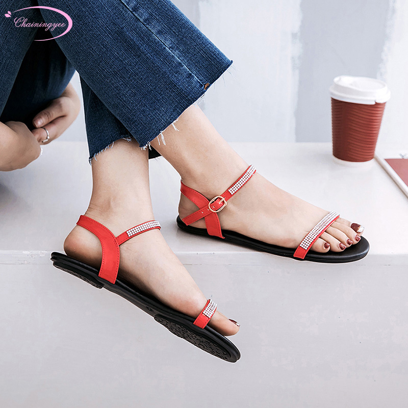 Japanese nightclub style comfortable summer sandals fashion diamond buckle black white red silver flat with women's shoes