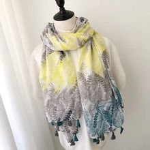 New 2018 leaves printed scarf,cotton viscose hijab in high q