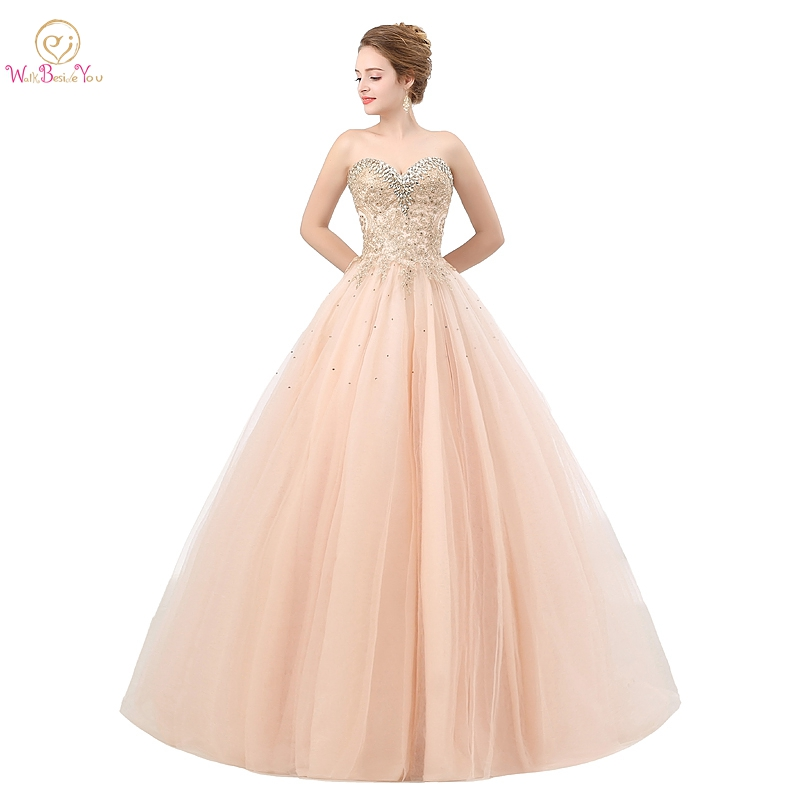Champagne Quinceanera Dresses 2019 Lace Appliques Tulle Crystal Ball Gowns Strapless Sweetheart Long Floor Length vestidos de 15