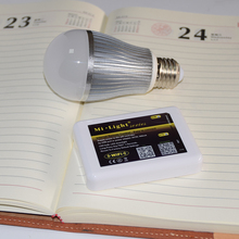 Milight 2.4 Г E27 Wi-Fi Лампа 9 Вт RGBW RGB Белый/Теплый Белый светодиодные Лампы Свет + 1x Wi-Fi Контроллер для iPhone iOS Android смартфон