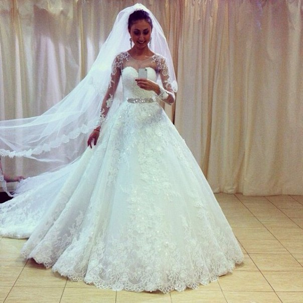 luxury lace long sleeves arabic wedding dress ball gown appliques