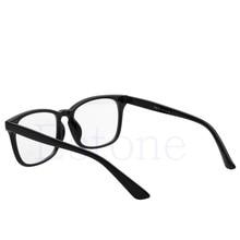 Quente Do Vintage Da Moda Óculos de Armação Mulheres Diamante Sexy Olho de  Gato Retro Óculos Limpar Lens Eyewear Glasse Armação . bdb34a798b