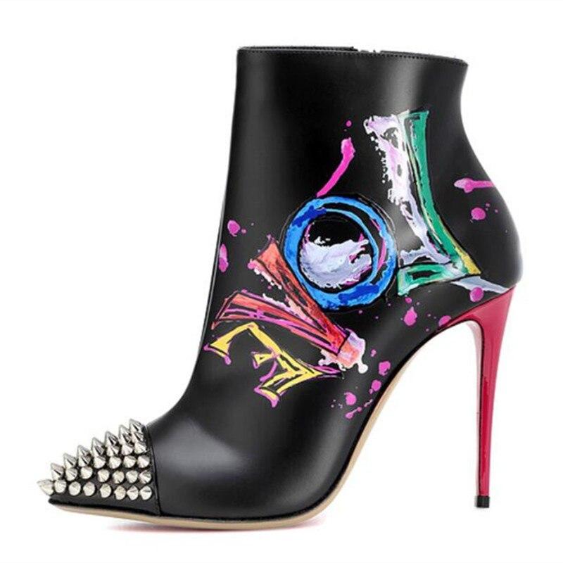 2018 Nuova pista nero dipinto graffiti tacchi alti sexy scarpe a punta del cuoio genuino rivetti stivaletti partito scarpe da ballo donna scarpe
