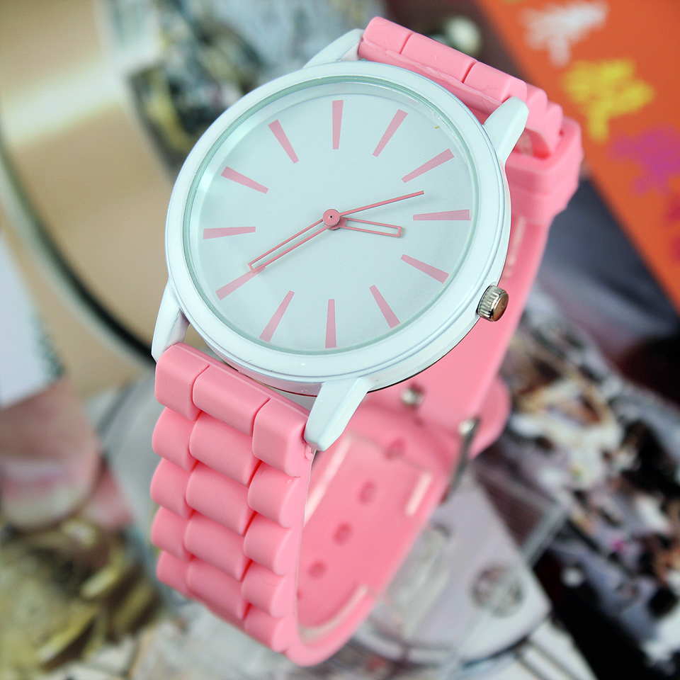 New Fashion 2018 Simple Men Women Quartz Wristwatches RED WHITE C1237