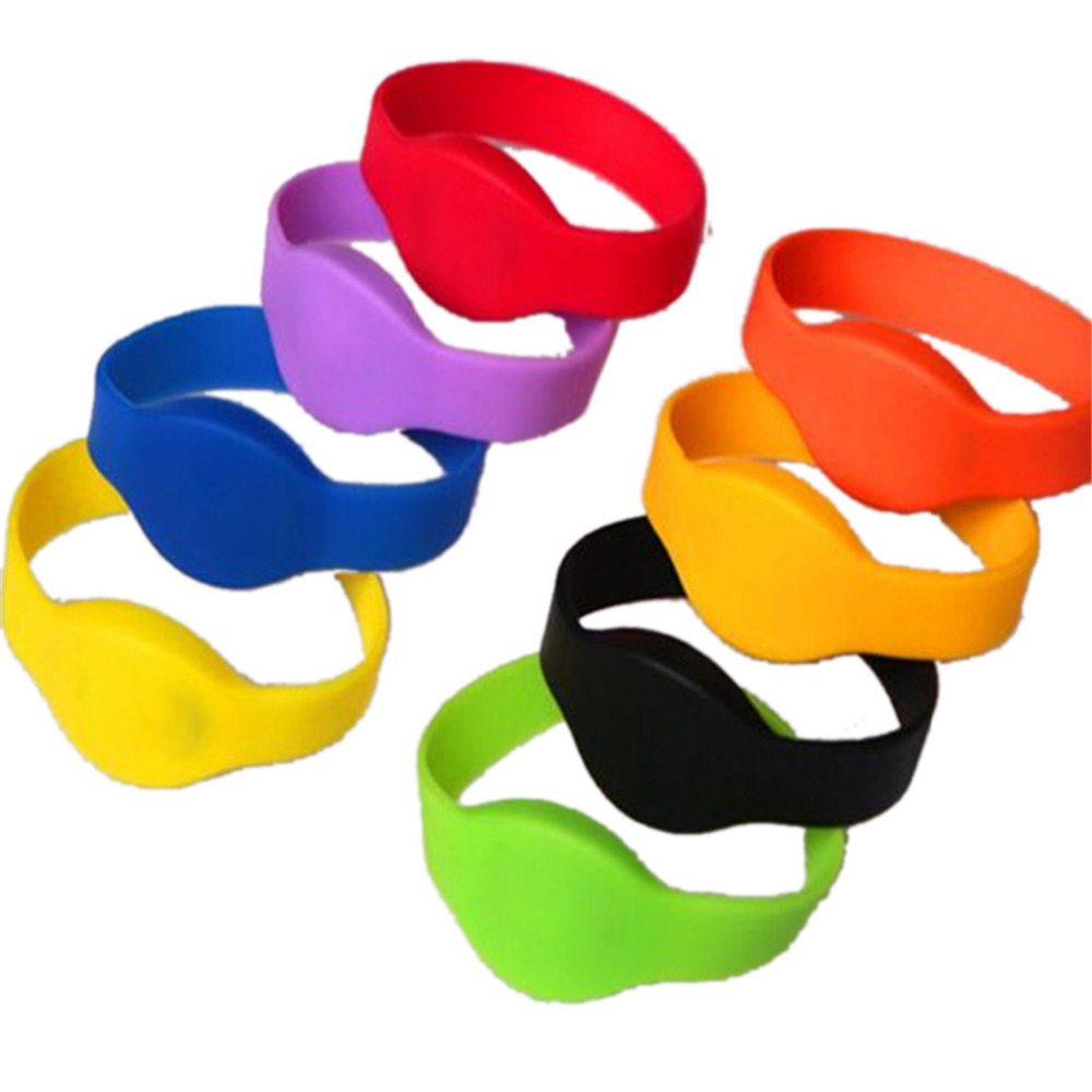 OWGYML 125khz RFID EM4100 TK4100 Wristband Bracelet ID Card Silicone RFID Band Read Only RFID Wristband Access Control Card 125khz rfid em4100 tk4100 wristband bracelet id silicone wrist strap id watch card rfid sauna club hand card min 1pcs