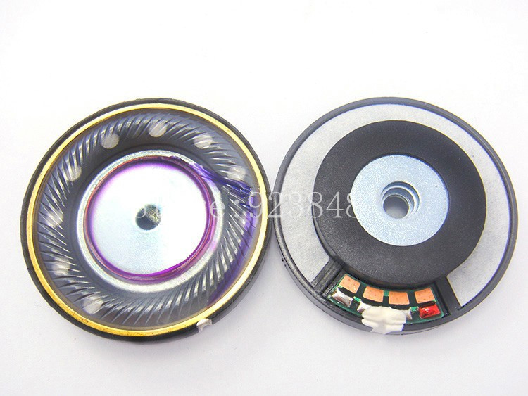 Perfect sound quality Three diaphragm unit 40mm speaker unit
