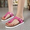 2016 Nuevas Zapatillas De Corcho De Cuero Genuino Plana Zapatillas Zapatos de Las Mujeres Más El Tamaño Ocasional de la Playa del Zurriago de Las Mujeres Flip Flop Sandalias de Los Zapatos