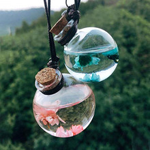 цена на Car Hanging Perfume Bottle Interior Pendant with Dry Flower Glass Empty Essential Oil Diffuser