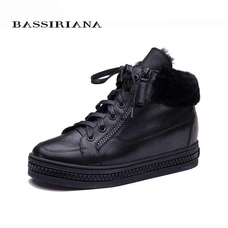 BASSIRIANA ผู้หญิง Oxfords ฤดูหนาวใหม่หนัง Lace - Up ความสูงเพิ่มพื้นรองเท้ารอบ Toe Casual สุภาพสตรีแพลตฟอร์มรองเท้าผู้หญิงผู้หญิงสีดำ