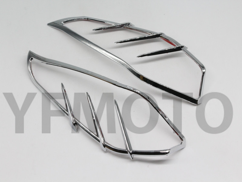 New 1 Pair Chrome Motorcycle Mid-Frame Air Deflector Accents Decorative Edge For Harley Touring Trike 2009 + helo he866 gloss black wheel with chrome accents 20x8 5 6x135mm