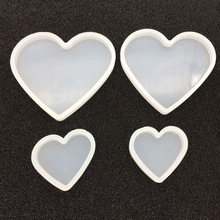 Free delivery DIY Shifting Craft Heart Pendant Epoxy Resin Shaker Charm Silicone Mold Transparent Loving jewellery tools