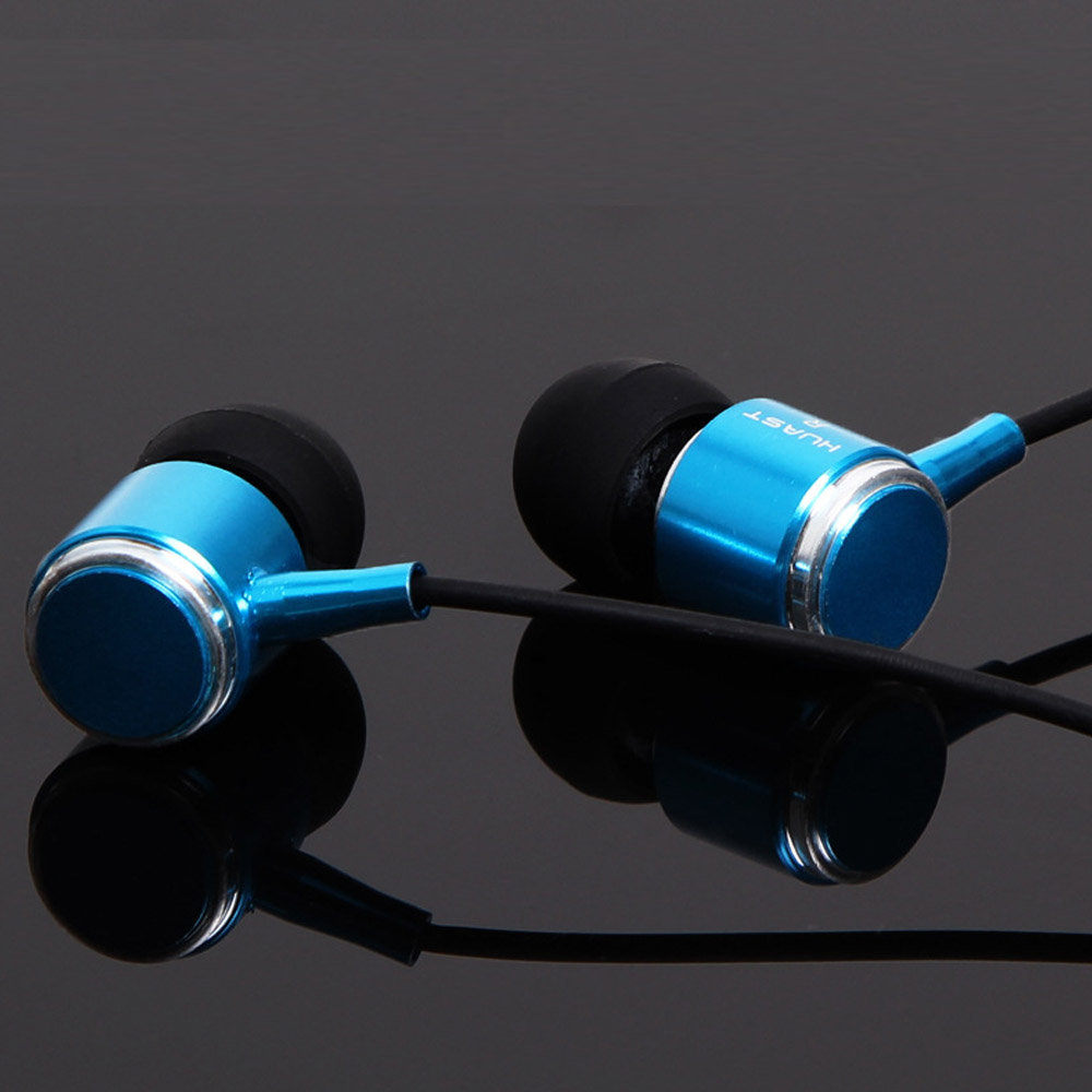 HUAST 18 In Ear Earphone 3D Stereo with mic Handsfree Calls Music Pause Play Switch for