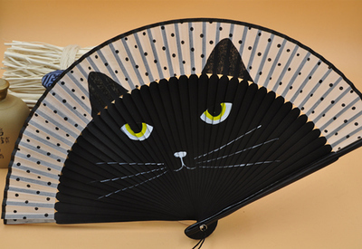 Topic des chats - Page 33 Chinese-hand-fan-Suzhou-Folding-big-cat-Fan-Silk-Fan-women-gifts-archaic-Japanese-ladies-wood.jpg_640x640