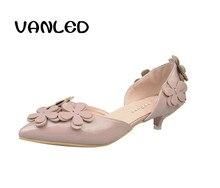 2017 NUEVOS zapatos de Tacón Alto Bombas de Las Mujeres Flores Floral de La Boda Zapatos de Noche Zapatos de Vestir Envío gratis
