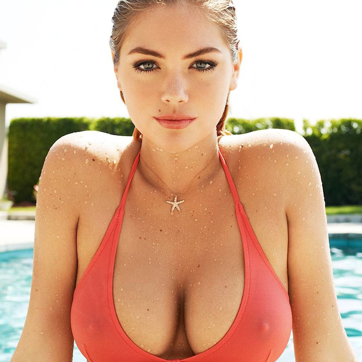 "kate upton hot sexy model fabric poster 24x24""/13x13"" print 22-in"