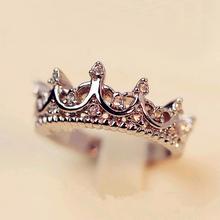 FAMSHIN Fashion Vintage Silver Crystal Drill Hollow Crown kształt królowa temperament pierścienie dla kobiet party wesele Ring Jewelry tanie tanio Moda Rings Trendy Geometryczne Tension Mount Wedding Bands Stop cynkowy SKU R042 Strona Wszystkie kompatybilne 3 mm 8 mm