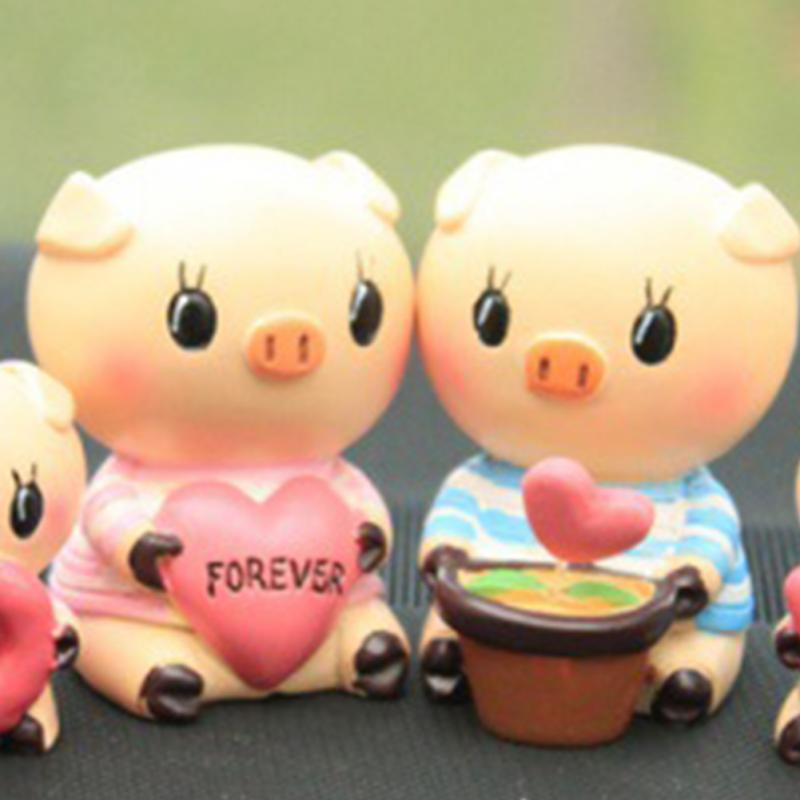 Interior Accessories 1pair Pig Decoration Funny Love Pig Car Dolls Toy Model Lovely Car Ornaments Interior Auto Decoration Accessories