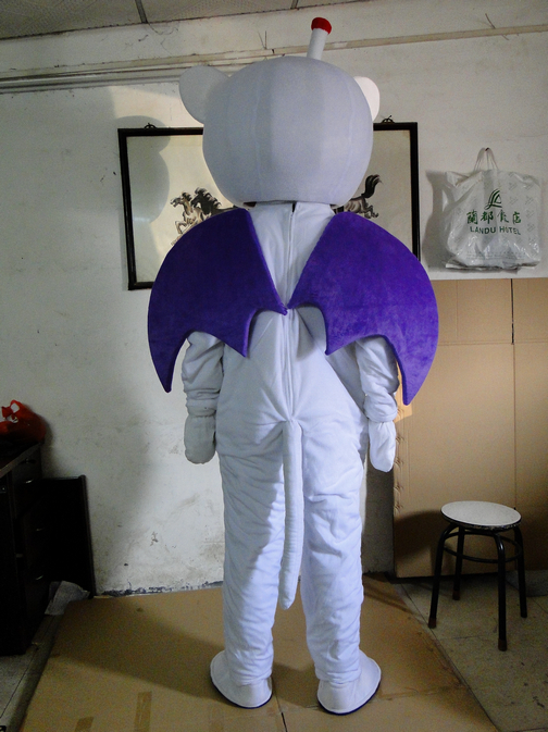 cosplay costumes Naughty White Bat Bat Mascot Costume With Small Nose Big Mouth Free shipping in Anime Costumes from Novelty Special Use