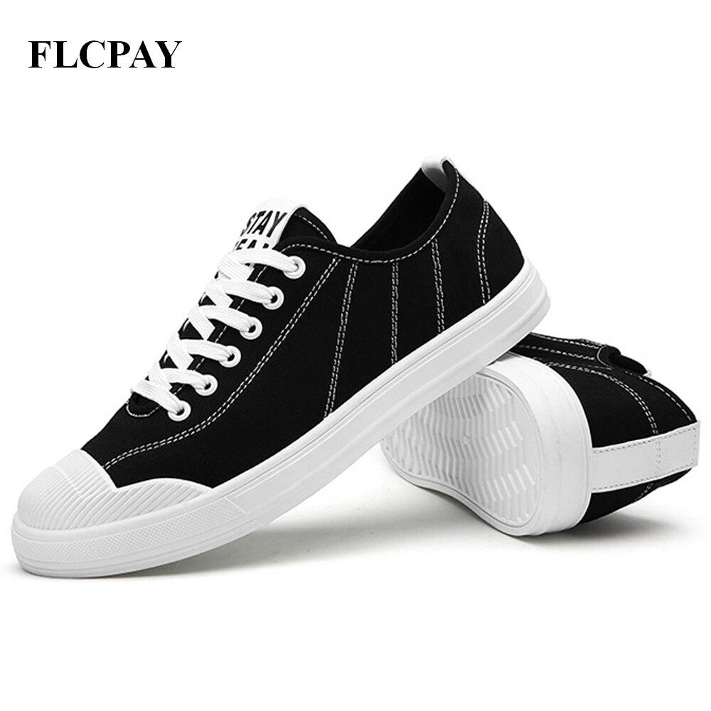 Prix pour 2017 Nouvelle Marque FLCPAY Femmes Toile Chaussures Classique Hommes Chaussures de Skate Plat Chaussures Femmes Planche À Roulettes Sneakers Homme Sneaker