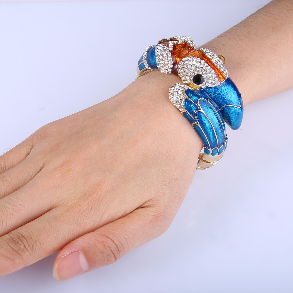Bella Fashion Blue Toucan Toco Bird Bracelet Bangle Austrian Crystal Rhinestone Animal Bangle Cuff For Women Party Jewelry Gift elegant rhinestone bird decorated bracelet with ring for women