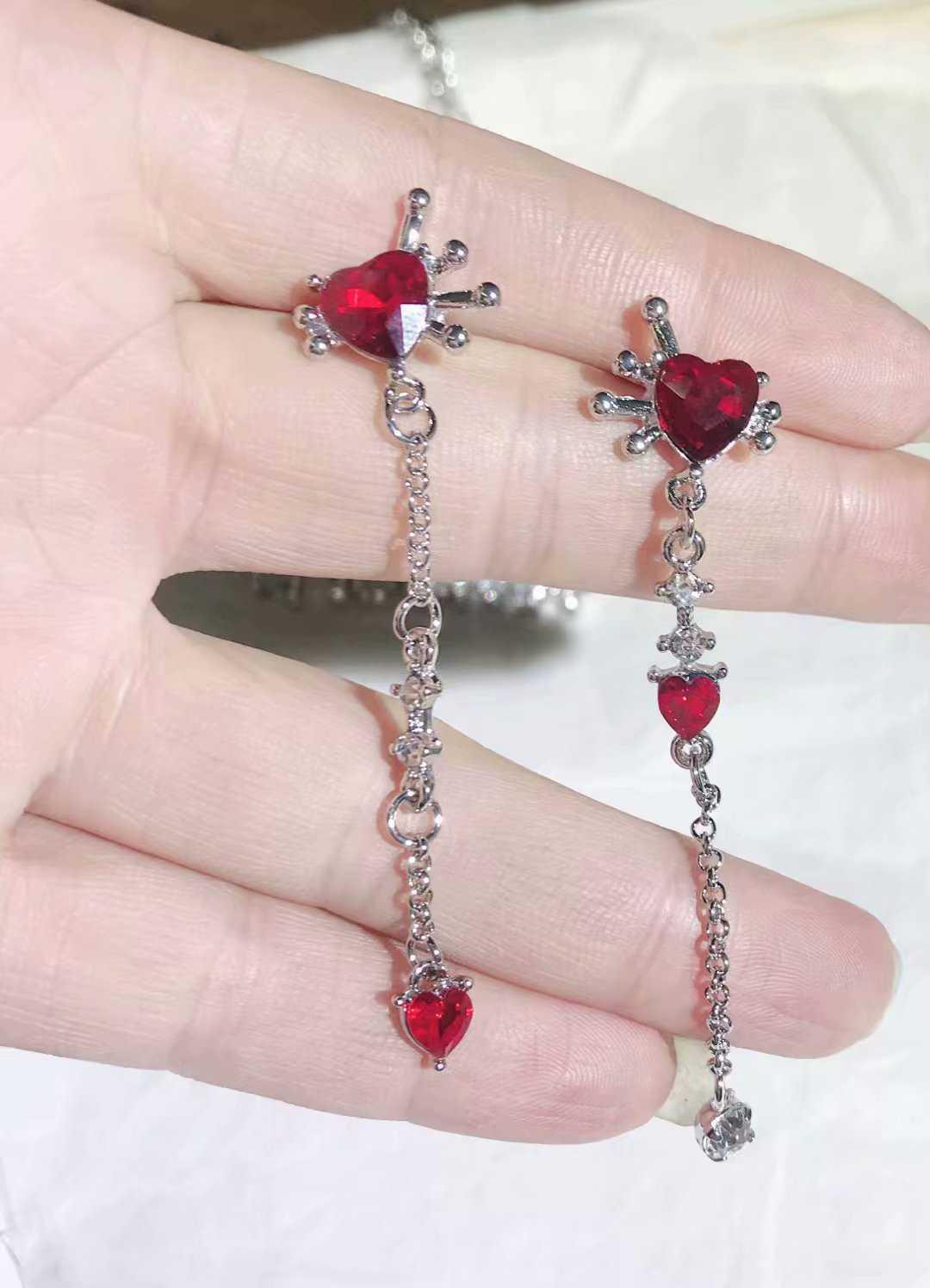 Corée du sud à qiu dong rubis mini quotidien petit amour argent aiguille boucles d'oreilles