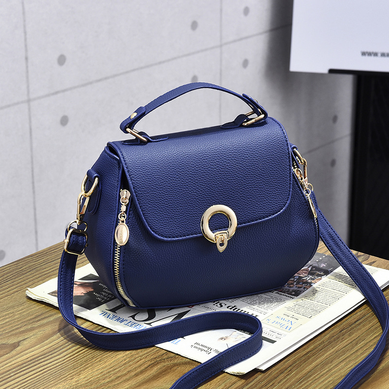 Women Message Bags Brand Women handbag Bags Fashion Mini Bag for Teenager Girls With Sequined Lock Gifts in Top Handle Bags from Luggage Bags
