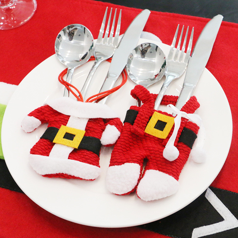 Santa Hat Reindeer Christmas New Year Pocket Fork Knife Cutlery Holder Bag Home Party Table Dinner Decoration Tableware 62417