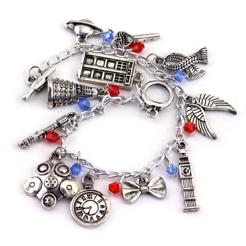 Star Wars Charm Bracelet - Movie Inspired Silver Tone Bracelet QUMLEkdNqO