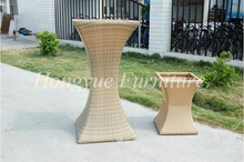New designs patio rattan wicker flower pot furniture set