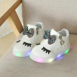 Spring Kids Glowing Sneakers Baby Girls Bow Zip Crystal LED Light Children Luminous shoes Running Sport Shoes Little White