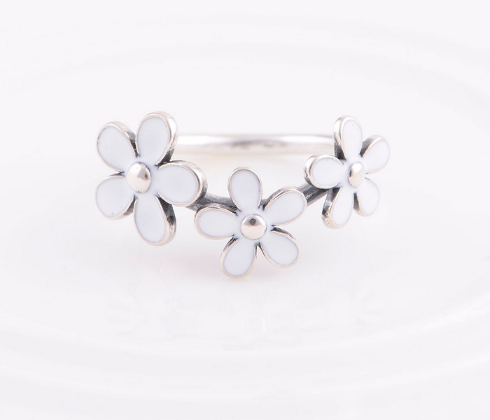 6849e22f3 ... best 925 sterling silver jewelry compatible with european pandora ring  triple white daisy flower . 5f3b1