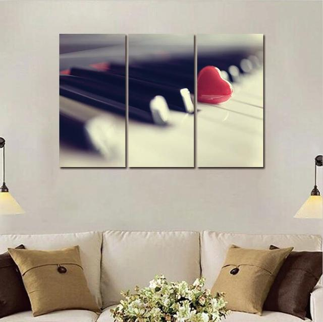 Red Heart on Piano – Modern 3 Panels Print on Canvas – Unframed