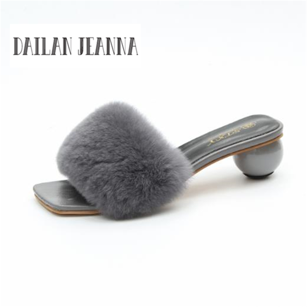 Dailan Jeanna brand  Europe and US  UK 2018 fashion feather rough fur with high heel word drag new style fur slippers new opportunities uk us