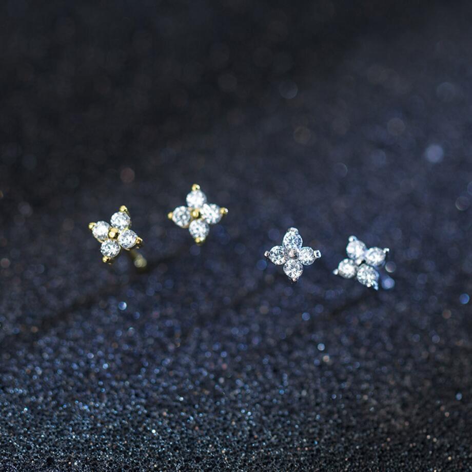 925 Sterling Silver Tiny Zirconia Flower Post Stud Earrings For Women A1980