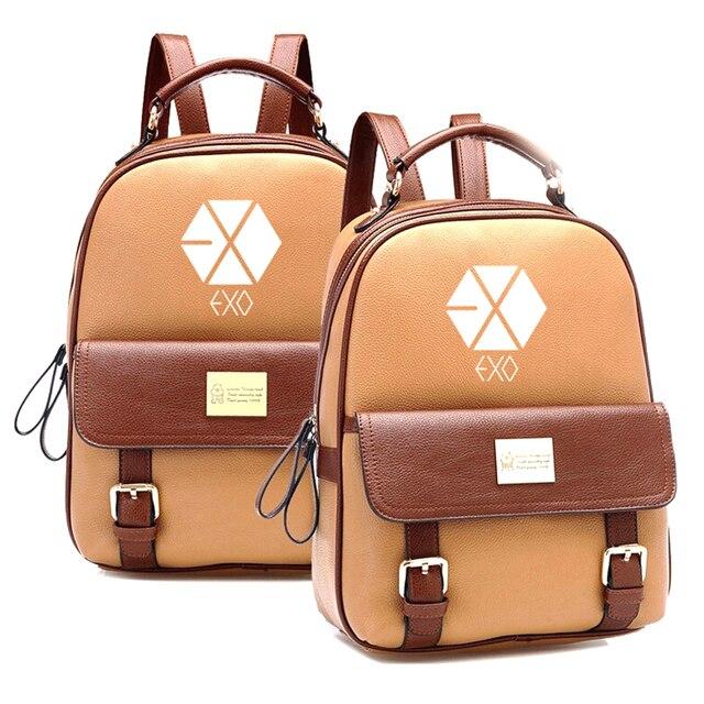 915bb5ebb5956 2019 المبيعات الساخنة الكورية KPOP EXO حقيبة ظهر بجلد صناعي Mochila طالب  الفتيان حقيبة الفتيات المدرسية