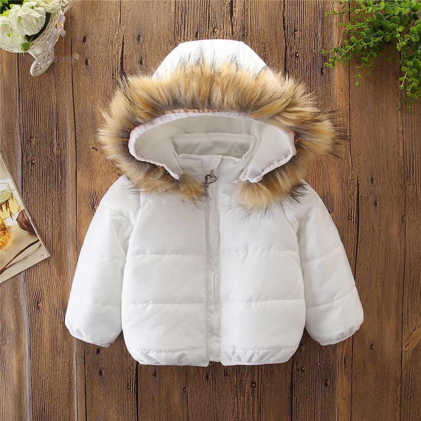 2019 冬の新ベビー子供の綿のジャケット女の赤ちゃん厚いビッグ毛皮の襟フード付き綿ジャケットカジュアルなアウターウェアコート