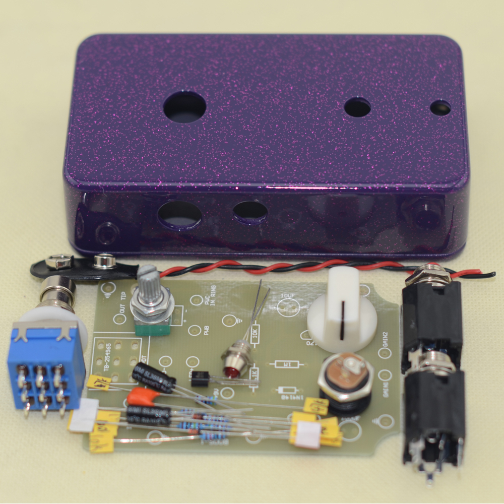 DIY Booster Guitar Pedall Kits with Pre-drilled 1590BDiecast Aluminum Enclosures Pedal True Bypass