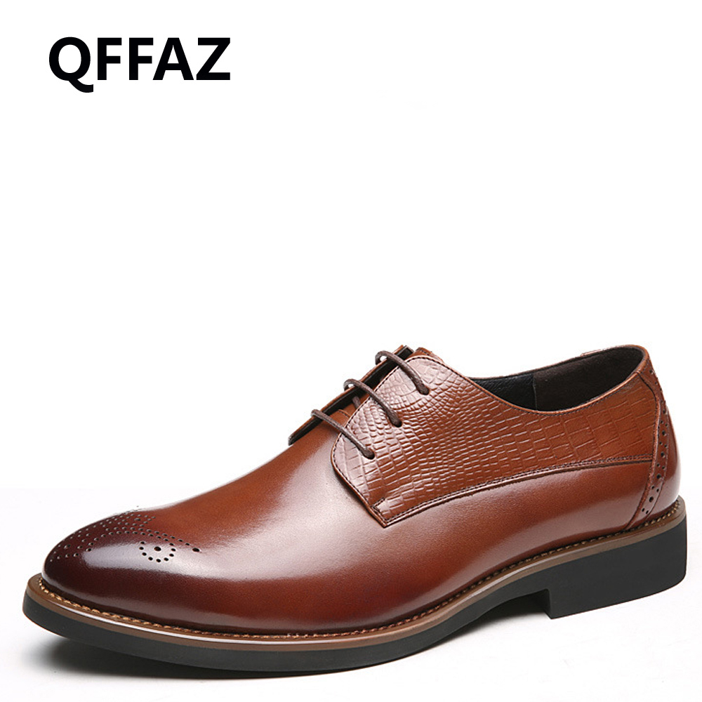 QFFAZ New Fashion Mens Formal Dress Shoes Pointed Toe Genuine Leather Bullock Oxfords Shoes Lace Up Designer Luxury Men Shoes new fashion men business office formal dress solid genuine leather shoes lace up pointed toe flats oxfords shoe spring autumn