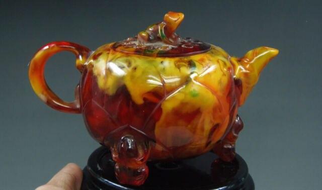 Aufwendige Alten Chinesischen Wunderbare Handarbeit Künstliche Bernstein Harz frosch auf lotusblatt Tee Topf