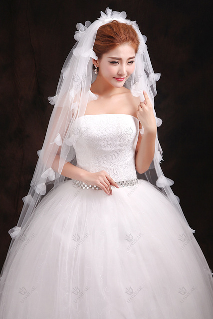 Fashion Veil New Wholesale Off  White Ivory Wedding Veil With Beaded Bow Bridal Veil Scallop Edge Veils Wedding Accessories