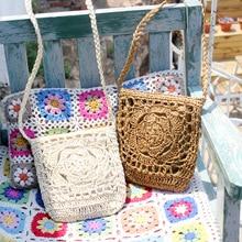 Bohemian Straw Messenger Bags Women Shoulder Handbags Hollow Out Rattan Flower Flaps Crossbody Beach Holiday Bags