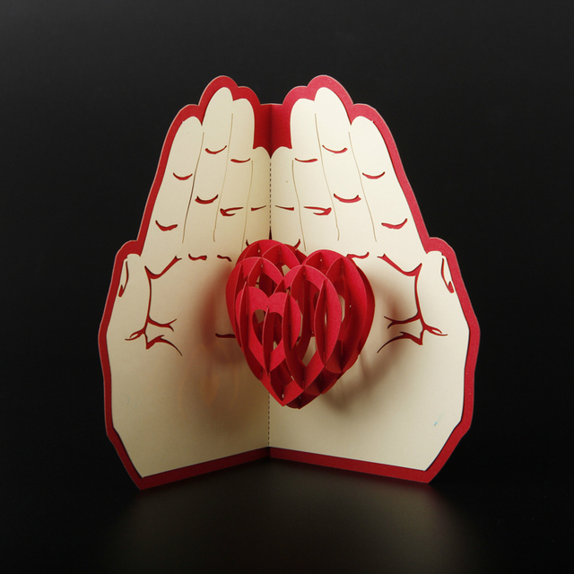 Free Shipping 3D Pop Up Greeting Card Paper Carving Heart In Hand For Lover Anniversary Valentine