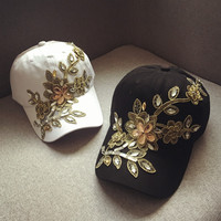 Korea Hot Sale Baseball Hat Outdoor Rose Decoration Peaked Cap For Women With Diamond High Quality